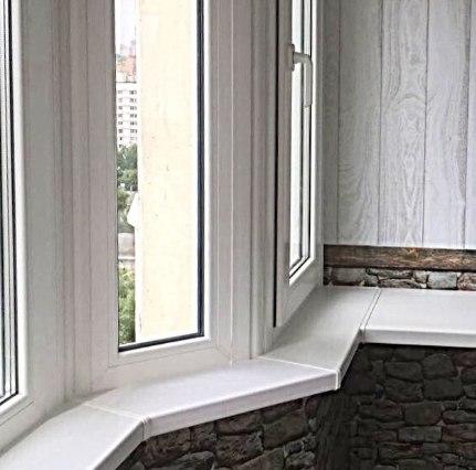 отделка балкона под натуральный камень
