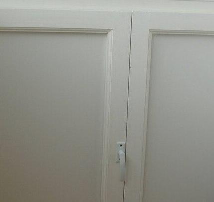 шкаф в отделке балкона